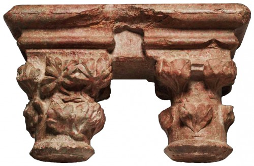 Architectural & Garden  - Pair of geminate capitals in Languedoc marble, 15th century