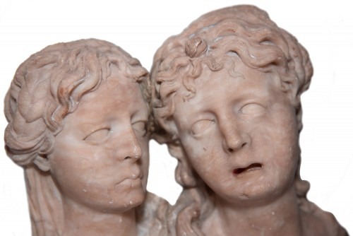 Pair of feminine busts, alabaster, Southern Netherlands circa 1550 - Sculpture Style Renaissance