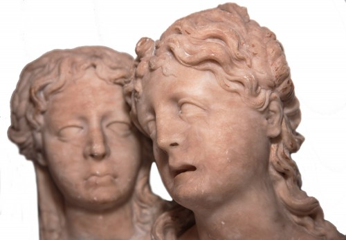 Pair of feminine busts, alabaster, Southern Netherlands circa 1550 -