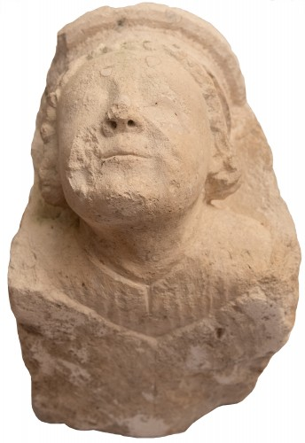Sculpture  - Capital with monk's head in limestone, Bourges 13th century