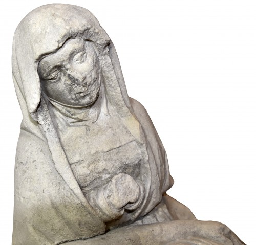 15th century limestone Pieta - Middle age