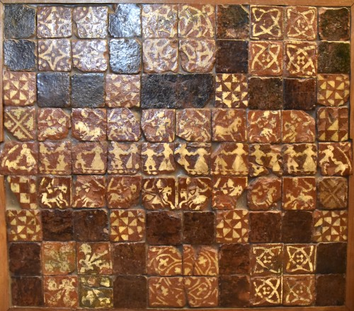 Set of 90 medieval tiles of the fourteenth century