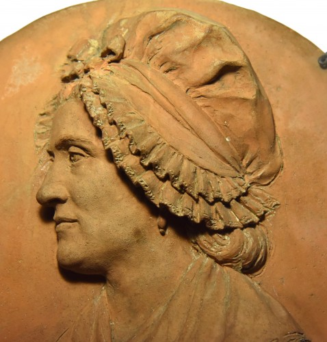 18th century -  Revolutionary period medallion representing a woman in a bonnet, 1792