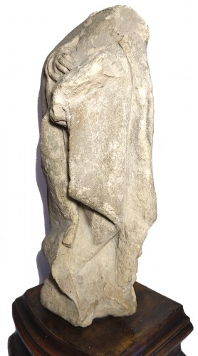 Limestone statuette of a mourner, Burgundy 15th century - Sculpture Style Middle age