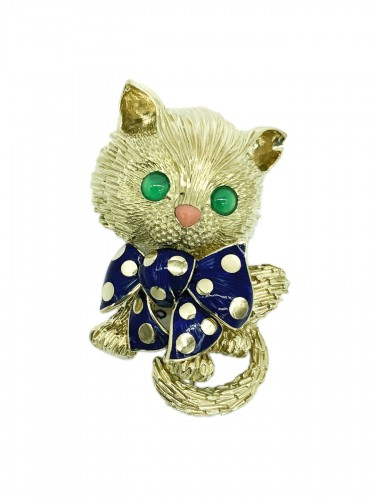 CAT brooch by FRED