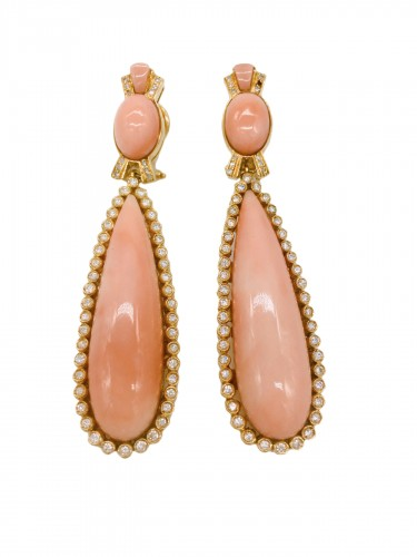 gold earrings : coral and diamonds .