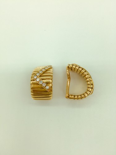 Gold and diamond earrings by BULGARI  - Antique Jewellery Style