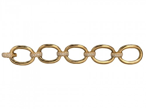 Gold and diamonds bracelet