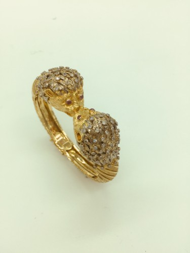 Gold and diamonds bracelet by Ilias lalaounis - Antique Jewellery Style