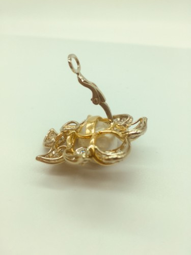 Antique Jewellery  - Earrings gold diamonds and pearl .