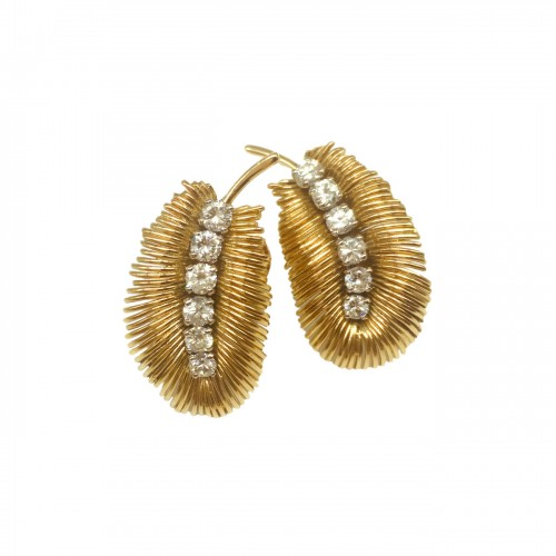 Boucheron -  Gold and diamonds earrings 1950's