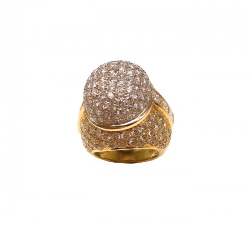 Gorgeous gold diamonds ring