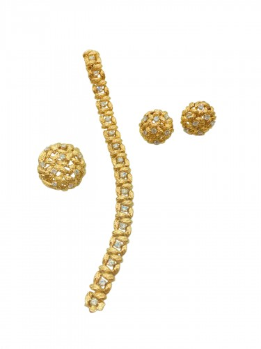 Mauboussin 1970  Gold and diamonds Parure set