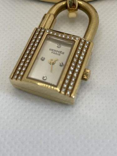 Antique Jewellery  - Gold and Diamonds watch by Hermès
