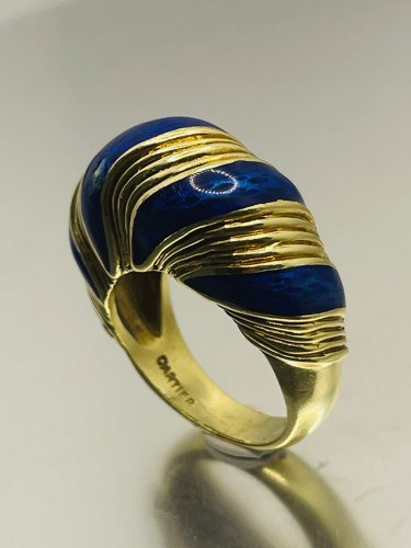Antique Jewellery  - Gold and blue enamel  ring by CARTIER