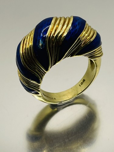 Gold and blue enamel  ring by CARTIER  -
