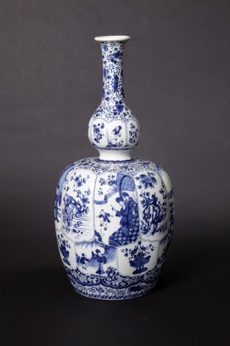 Great bottel vase, Delft, 1700-1720 -