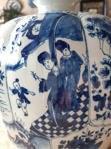 Antiquités - Great bottel vase, Delft, 1700-1720