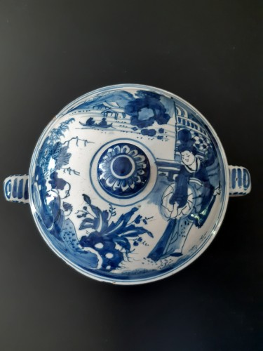 Antiquités - Spiced wine bowl, Delft, circa 1700