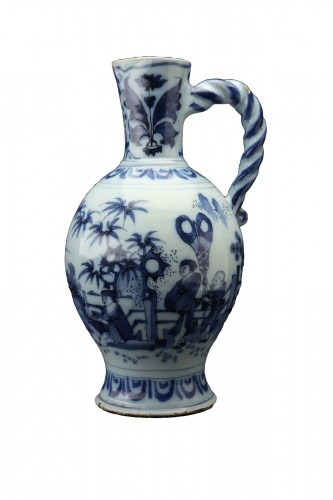 Great blue and white ewer, Delft, 1690