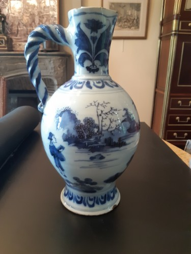 Great blue and white ewer, Delft, 1690 -