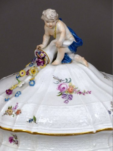 18th century Meïssen lidded terrine -