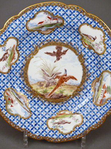 Porcelain & Faience  - 18th century Chantilly Soft-paste Plate