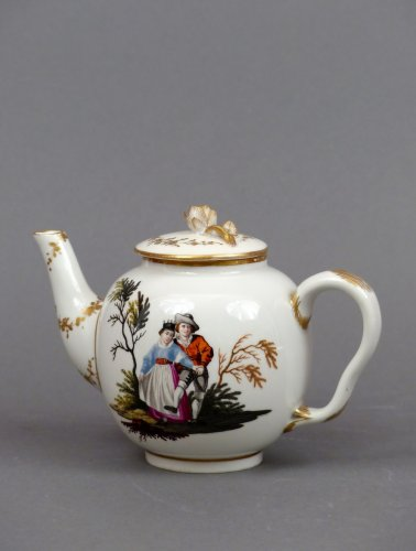 18th century Ansback teapot - Porcelain & Faience Style