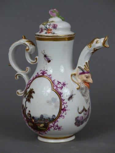 18th century Meïssen coffee pot