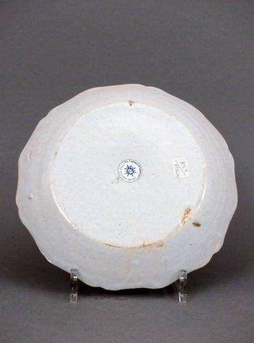 18th century - A Louis XV faience plate from Nevers