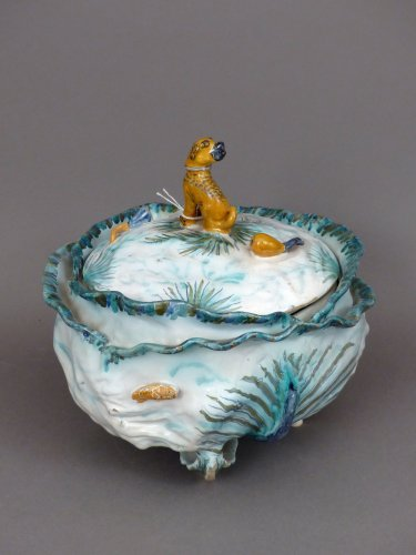 18th century cabbage in faience of Brussels