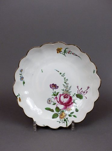 A 18th century compotier in faience of Strasbourg - Porcelain & Faience Style Louis XV