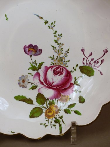 Porcelain & Faience  - A 18th century compotier in faience of Strasbourg
