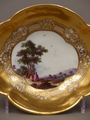 18th century - Pair of Meissen cups and saucers circa 1727 - 1728