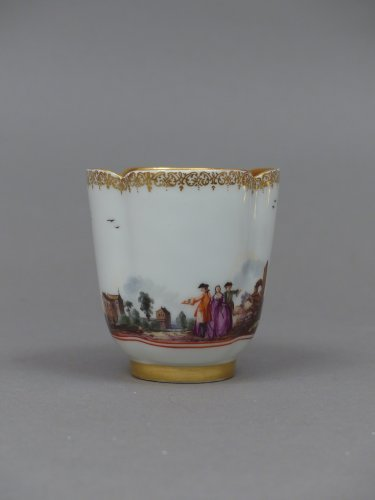 Antiquités - Pair of Meissen cups and saucers circa 1727 - 1728