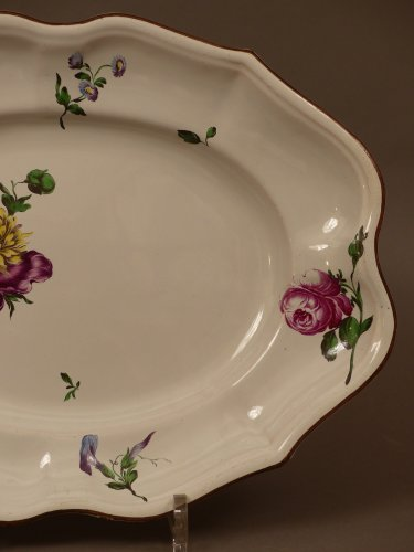 French faience of Strasbourg -  Platter by Paul Hannong, circa 1752 - 1760 -