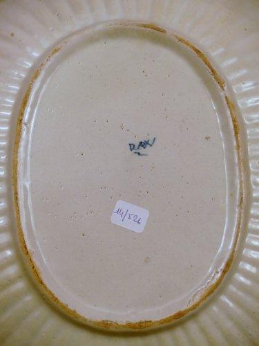 Porcelain & Faience  - 18th century Delft platter
