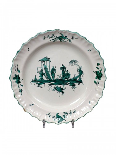 French Moustiers platter - Ferrat Factory circa 1780