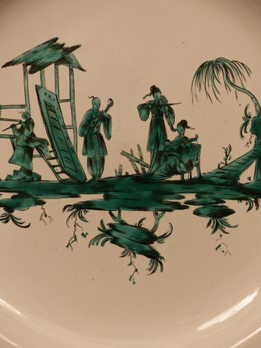French Moustiers platter - Ferrat Factory circa 1780 - Porcelain & Faience Style Louis XVI