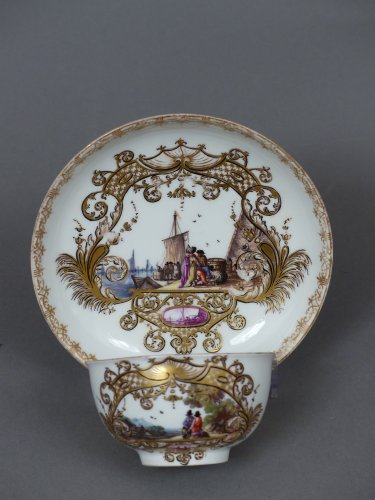 Porcelain & Faience  - Meïssen cup and coffee pot,  J.G. Hörold (1730/1740) period