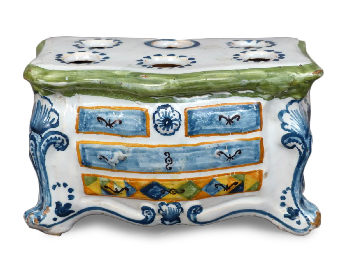 un pique fleurs en fa ence de la rochelle en forme de commode louis xv circa 1770 xviiie. Black Bedroom Furniture Sets. Home Design Ideas