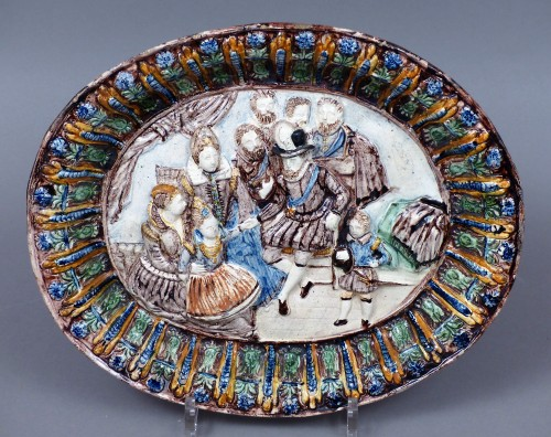 Glazed pottery dish Pré d'Auge 17th century - Porcelain & Faience Style Louis XIII