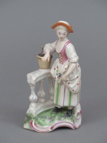 Porcelain & Faience  - Le jardinier et la jardinière à la balustrade, faïence de Niderviller XVIIIe siècle