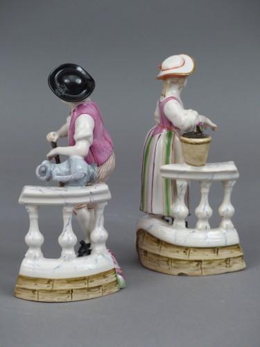 Le jardinier et la jardinière à la balustrade, faïence de Niderviller XVIIIe siècle - Louis XV