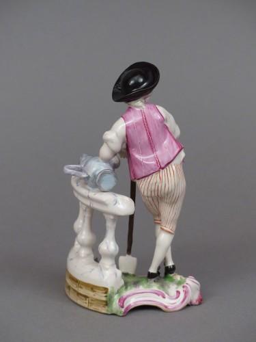 Antiquités - Le jardinier et la jardinière à la balustrade, faïence de Niderviller XVIIIe siècle