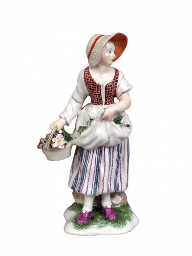 Figure of a flower seller, Niderviller 18th century