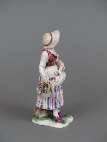 Porcelain & Faience  - Figure of a flower seller, Niderviller 18th century