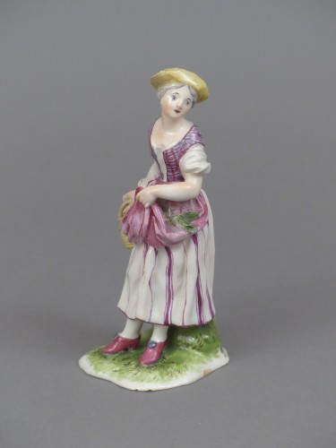 Porcelain & Faience  - Figure of a young peasant girl, Niderviller 18th century