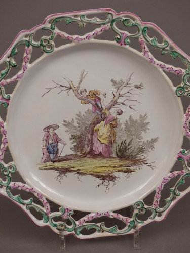 """18th century - Pair of Marseille earthenware dishes, """"Veuve Perrin"""" factory 18th century"""