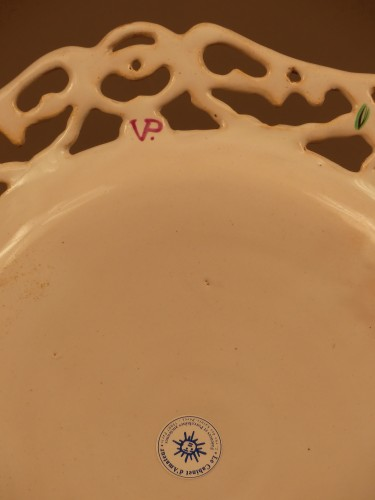 """Antiquités - Pair of Marseille earthenware dishes, """"Veuve Perrin"""" factory 18th century"""